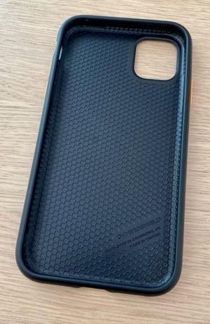 Pancerna obudowa - RhinoShield - SolidSuit - iPhone 11 + klawisze