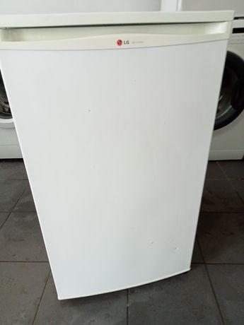 Lodówka mała 84cm firmy LG