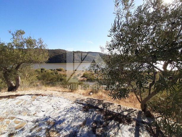 Terreno com eira para venda junto ao Rio Guadiana - Algarve