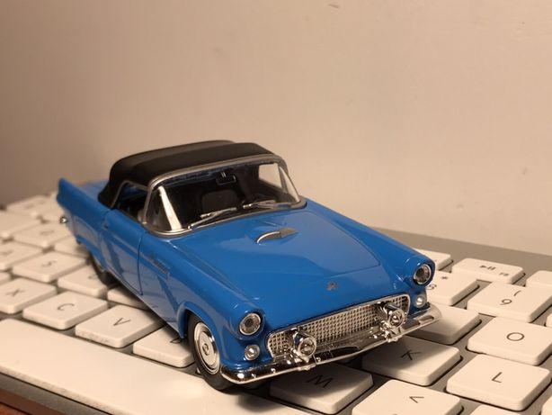 Ford Thunderbird model WELLY autko zabawka auto