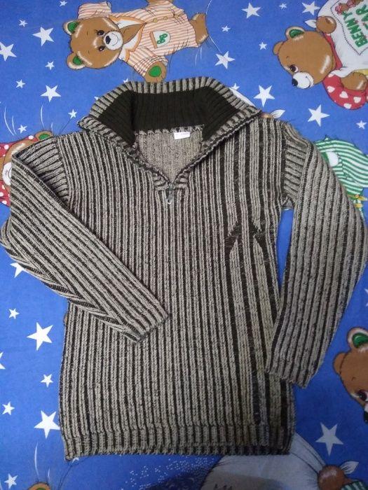 2 тёплых свитера и водолазка Ковшаровка - изображение 1
