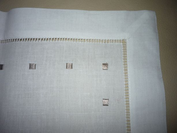 serwetki stołowe z haftem x 6szt.