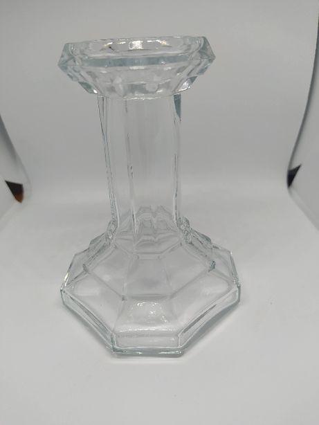 stary szklany świecznik szkło bezbarwne