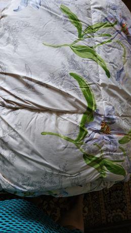 Двухспальное пуховое одеяло