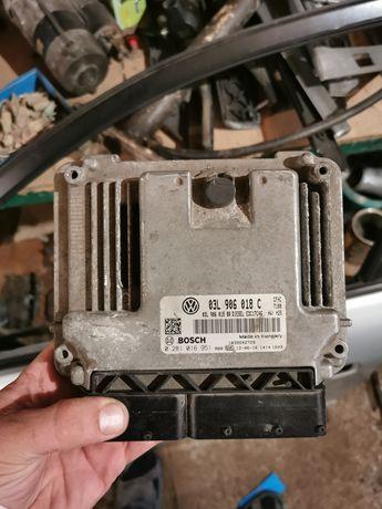 Комп'ютер Блок управления двигателем ЭБУ Skoda Octavia 03L906018C