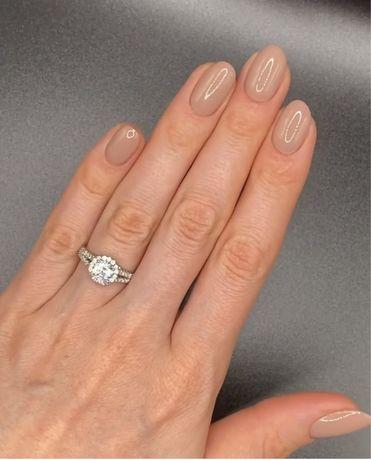 Продам кольцо с камнями Swarovski