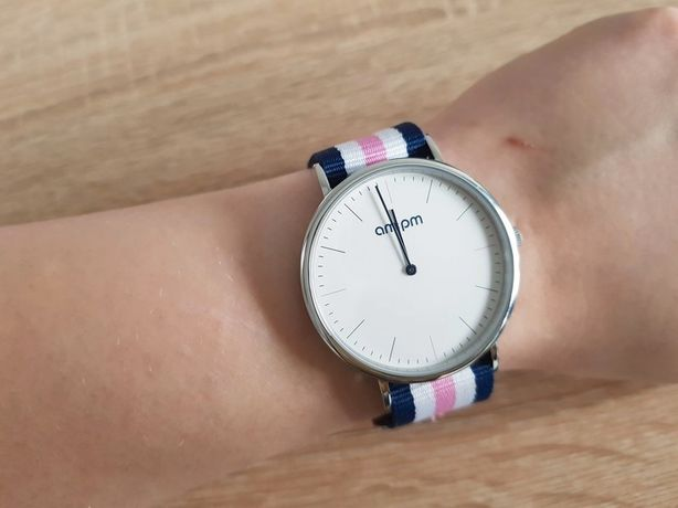 Zegarek na pasku Apart AM:PM kolekcja Design