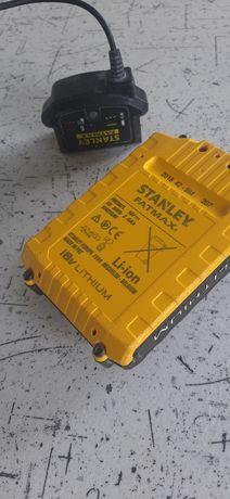 Stanley zestaw ładowarka +akumulator