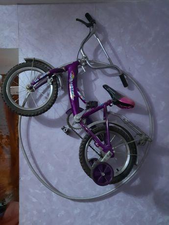 Велосипед 4 колёсный 3-5 лет