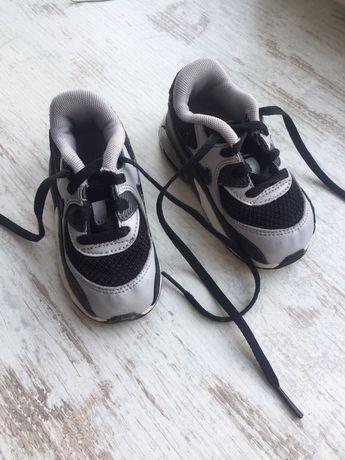 Кроссовки найк Nike оригинал 22 размер
