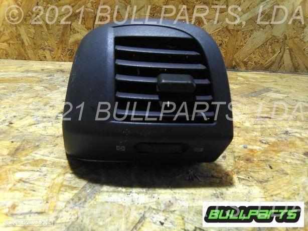0101_5500 Difusor Frente Direito Nissan Micra C+c (k12) 1.4 16v