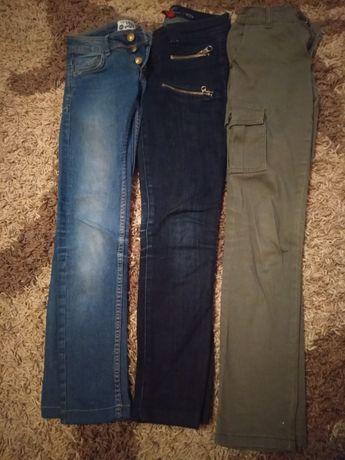 Штани ,джинси на дівчинку
