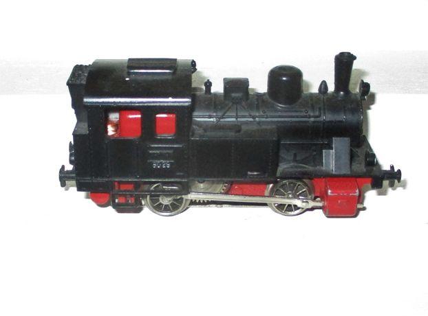 Locomotiva Marklin 3029, em bom estado.