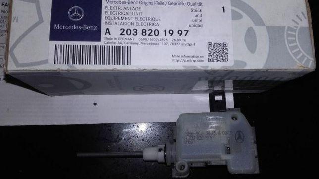 Fecho tampa do depósito de combustível Mercedes W203/W209/W211/R171