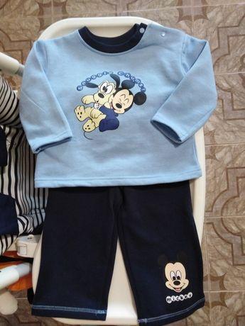 Disney baby тёплый костюмчик на мальчика р74-80 Новый комплект, костюм