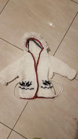 Ciepły góralski sweterek płaszczyk