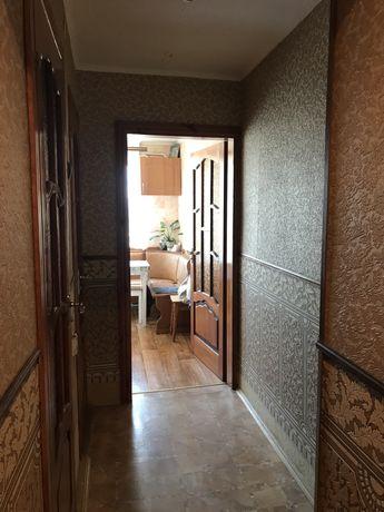 Срочно!  3-х кімнатна квартира з меблями та автономним опаленням!