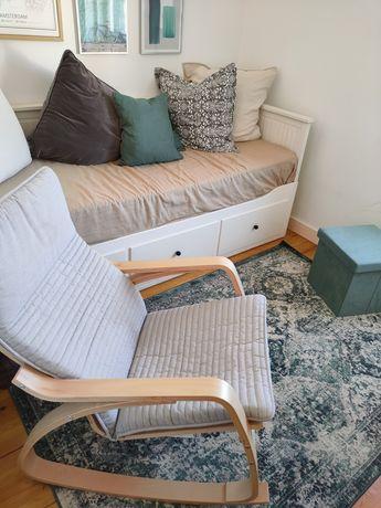 Cadeira de baloiço poang ikea