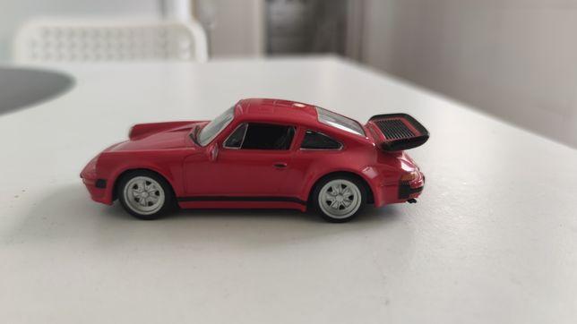 Porsche 930 Turbo 1/43 como novo