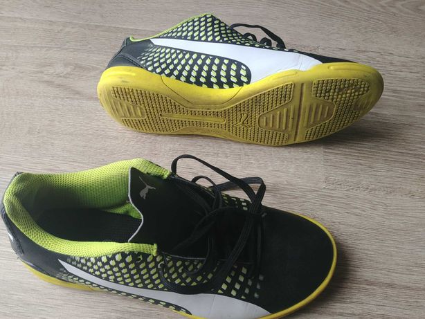 buty sportowe halówki puma r.38,5
