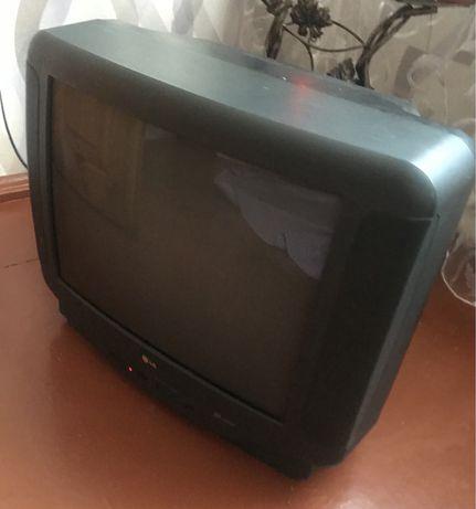 Телевизор LG и SATURN