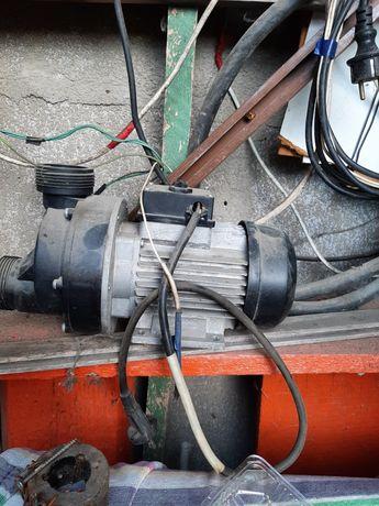 Двигатель для джакузи