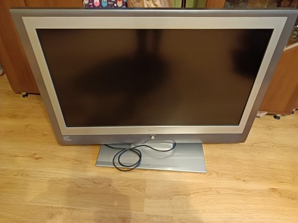 Oddam telewizor 40 cali