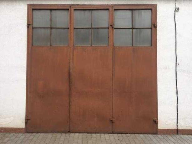 Sprzedam drzwi warsztatowo garażowe