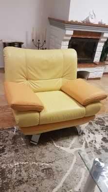 Fotel skórzany bardzo wygodny + 2 kanapy + stolik szklany