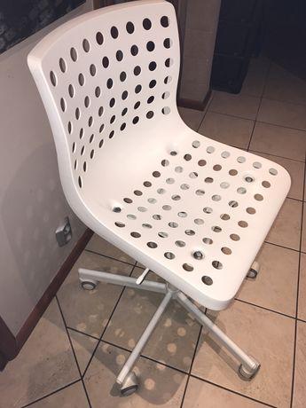 Krzesło obrotowe Ikea Skalberg białe