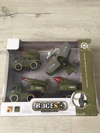 Набор военных машинок