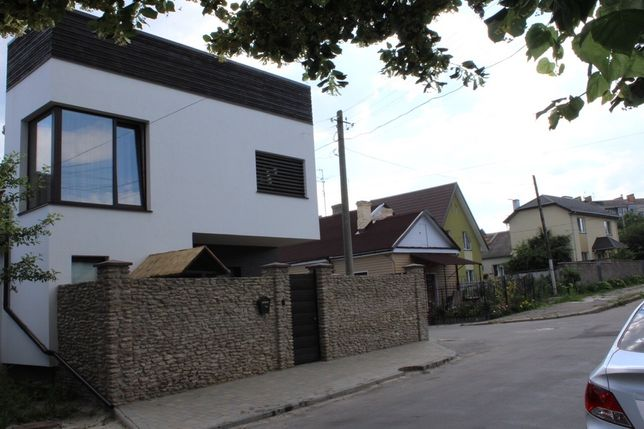 Продаж частини будинку,вул Яворницького