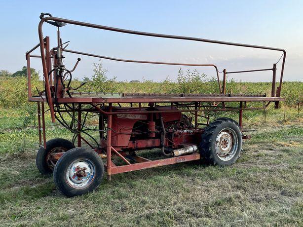 David Brown 42KM platforma sadownicza samojezdna 5 m dlugosci