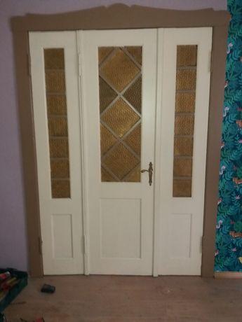 Drzwi drewniane z dostawkami bocznymi