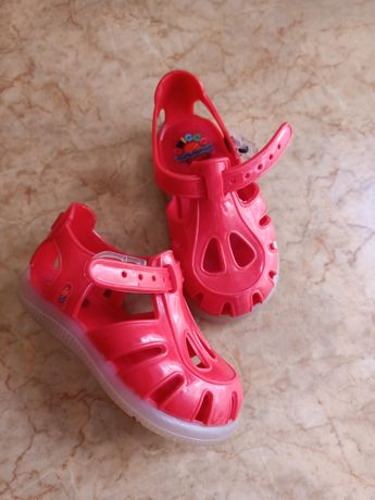 Туфли, туфельки, босоножки на девочку