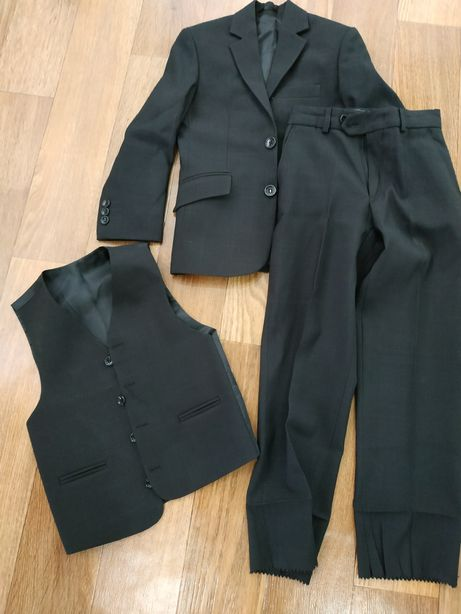 Школьный костюм тройка