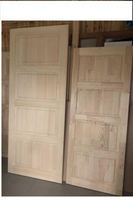 Дверь из массива сосны по индивидуальным размерам.