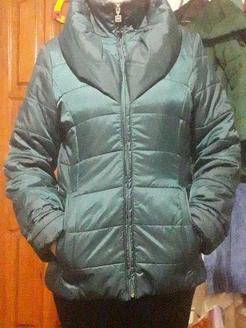 Продам куртку весна осінь