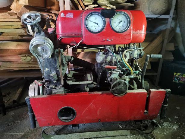 Pompa strażacka motopompa 1981r z silnikiem od syreny POLMO typ 04.145