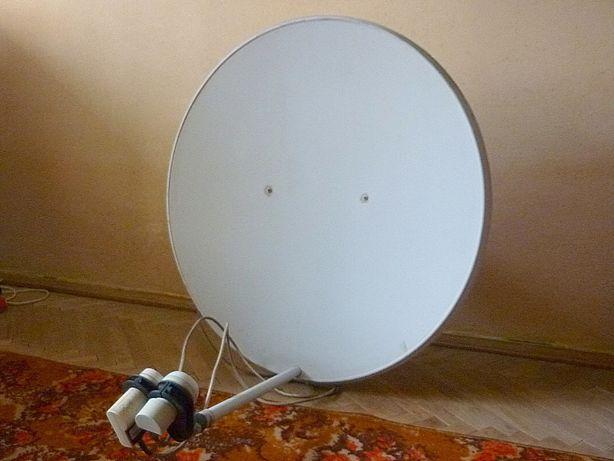 антенна спутниковая с мотором.