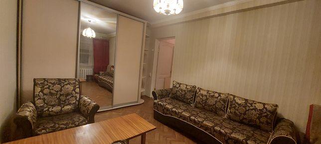 Продам 1 комнатную, ул. Жмеринская 4
