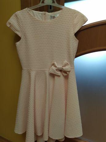 Sukienka roz 152