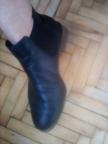 Ботинки челси кожанные Clarks