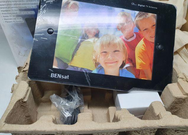 Pokojowa ANTENA DVB-T ze wzmacniaczem i ramką na zdjęcie Nieużywana