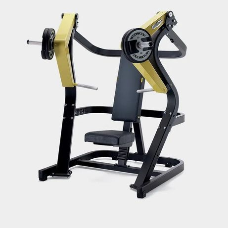 TECHNOGYM Pure Strenght chest press