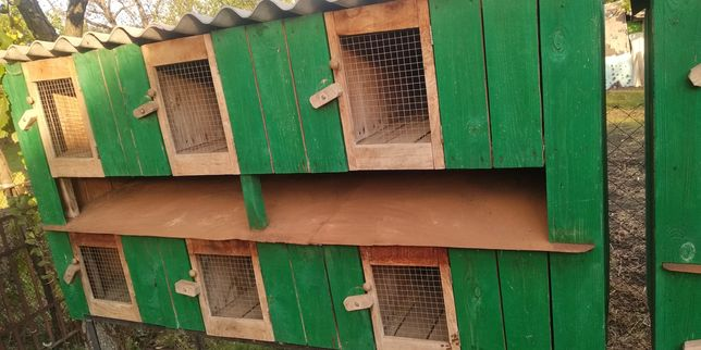 Продам клетки для кроликов, бу, деревянные.