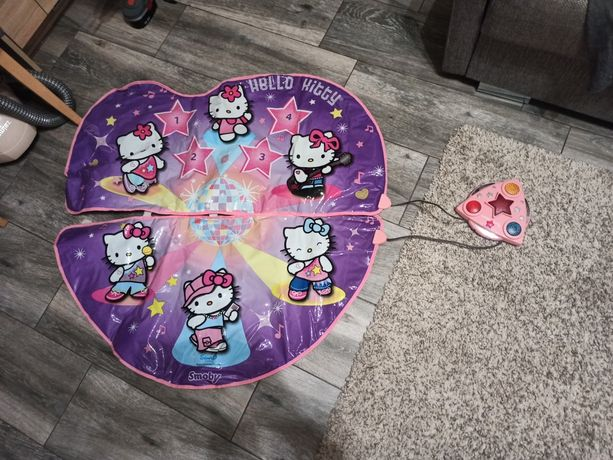 Mata taneczna Hello Kitty