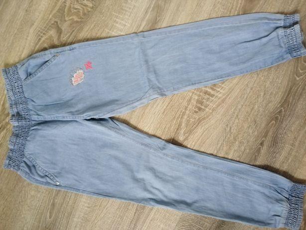 Spodnie jeansy 128