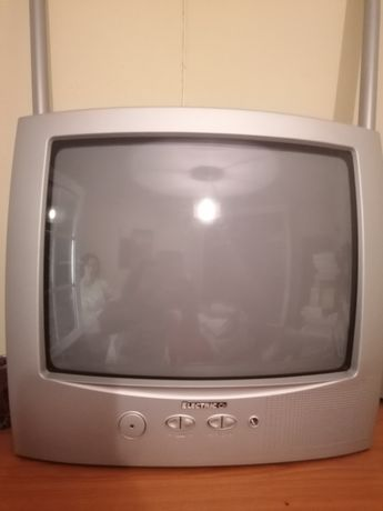 Televisão analógica Electric Co