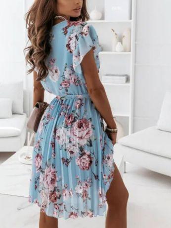 Sukienka Hasana jak lou hit 2021 plisy kwiaty niebieska wiązana S/M